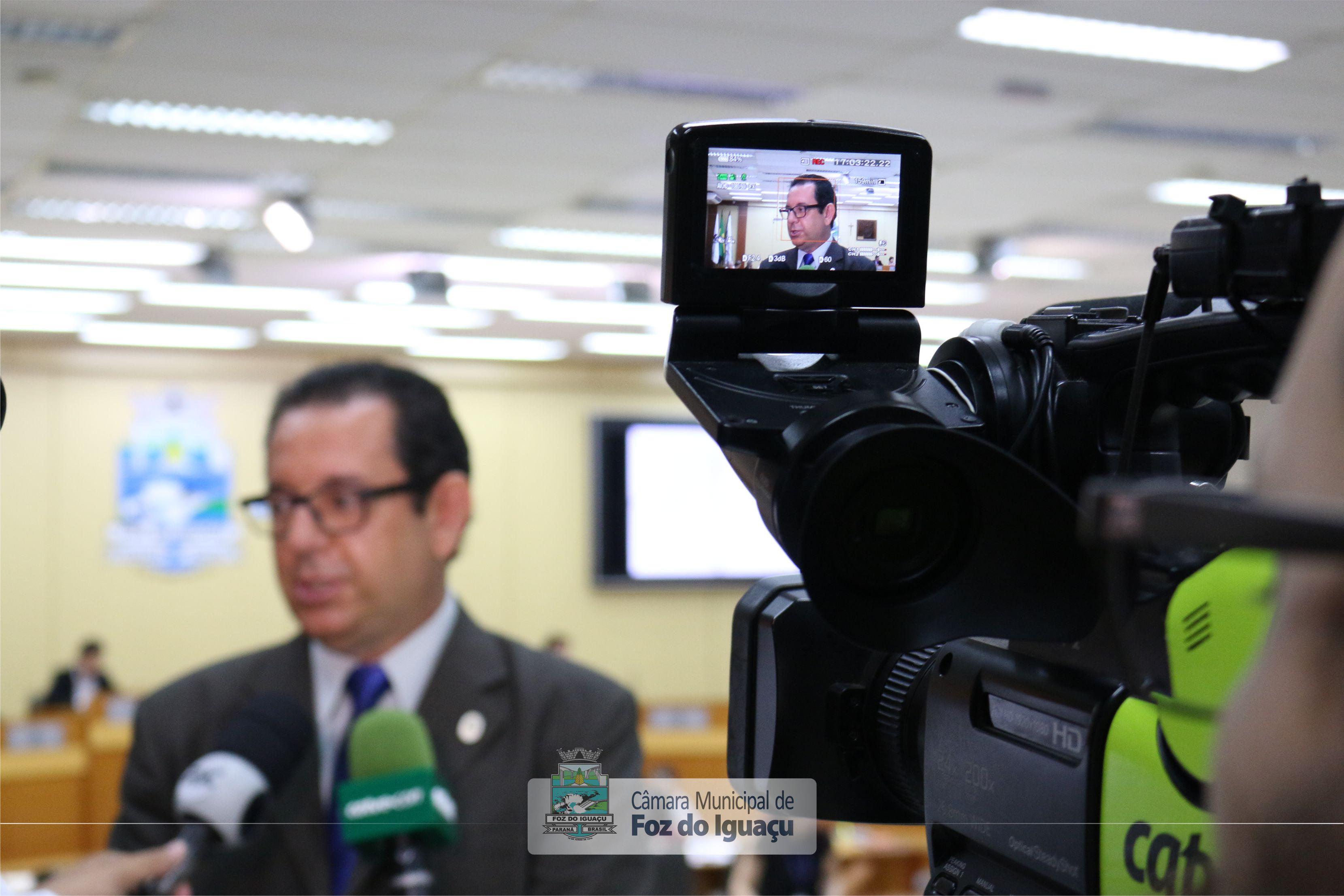 vereador-elizeu-liberato-cmfi-entrevista01.jpg