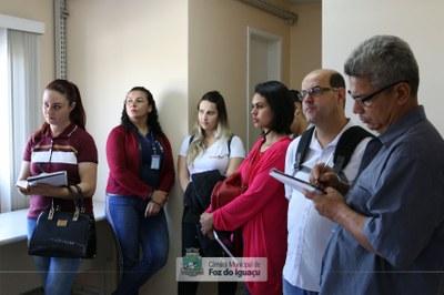 Alunos do curso técnico em Administração do Instituto Federal do Paraná visitam a Câmara Municipal de Foz do Iguaçu - 08-08 (08)