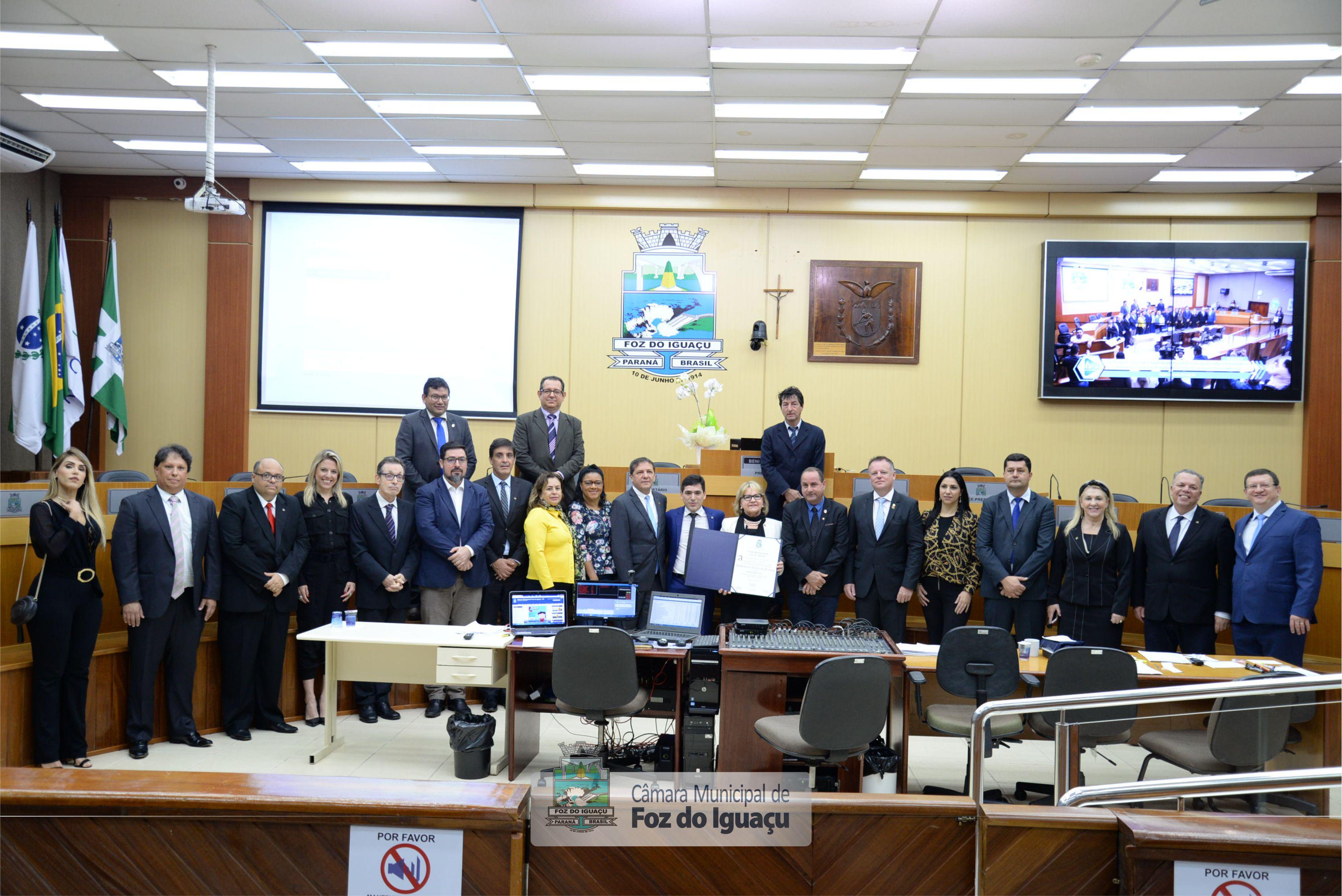 Entrega de Título de Cidadã Honorária a Desembargadora Rosemarie Diedrichs - 12-08 (01)