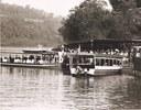 Lanchas brasileiras e argentinas faziam o trasnporte de passageiros no rio Iguaçu.JPG