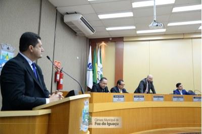 Câmara autoriza contratação de 275 novos profissionais para escolas e CMEIs
