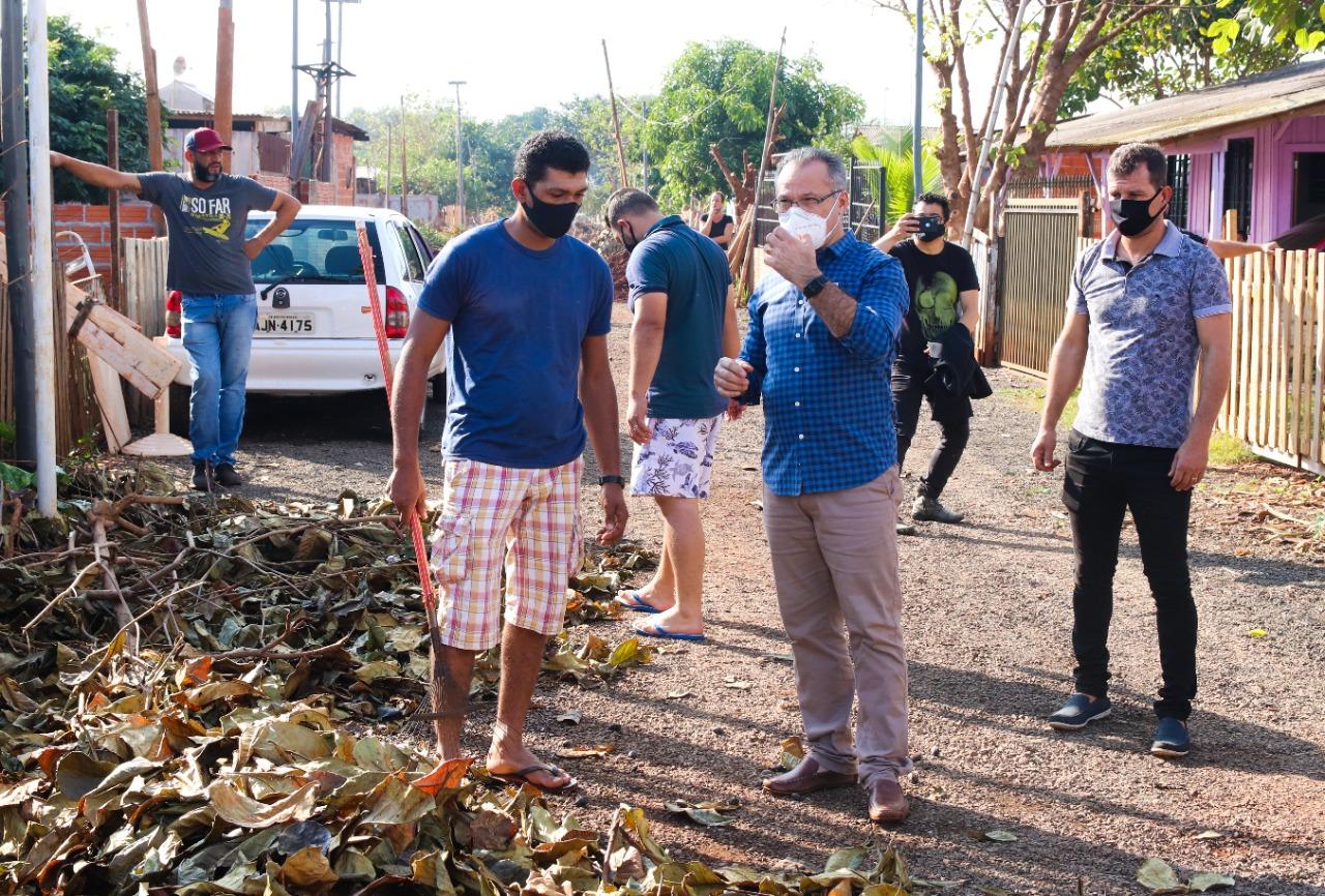 Câmara de Foz participa de limpeza na ocupação do Bubas