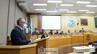 Câmara de Foz solicita retirada de projeto que muda nome da Ponte da Integração para Jaime Lerner