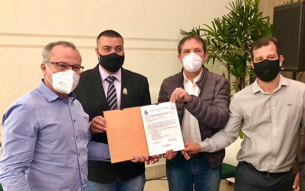 Câmara participa da autorização da licitação para retomada das obras de Olímpio Rafagnin