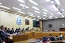 Câmara rejeita contas de 2013 e deixa ex-prefeito Reni inelegível por oito anos