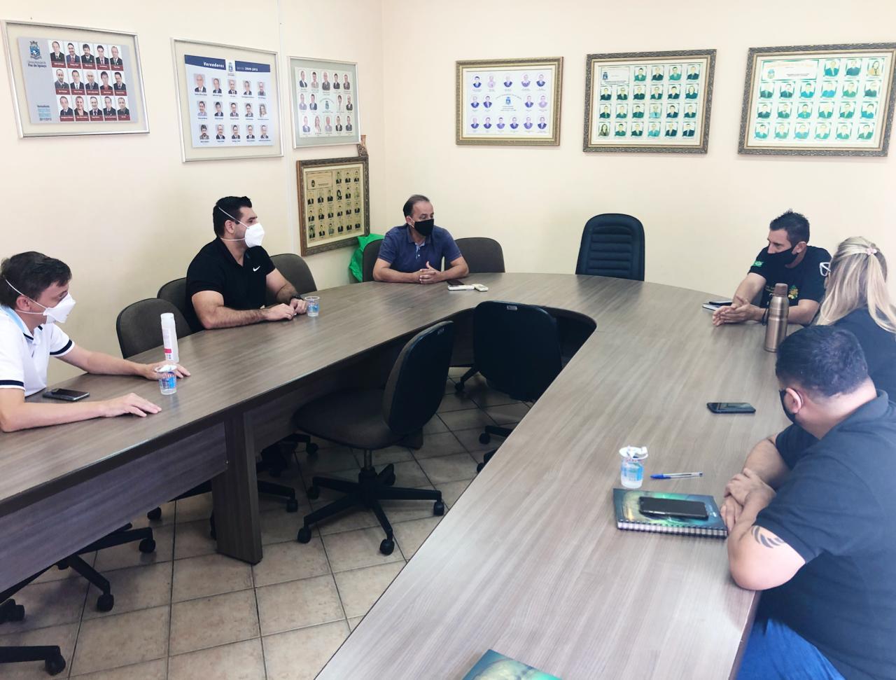 Comissão de saúde se reúne com gestor do Hospital Municipal e Coordenador da UPA