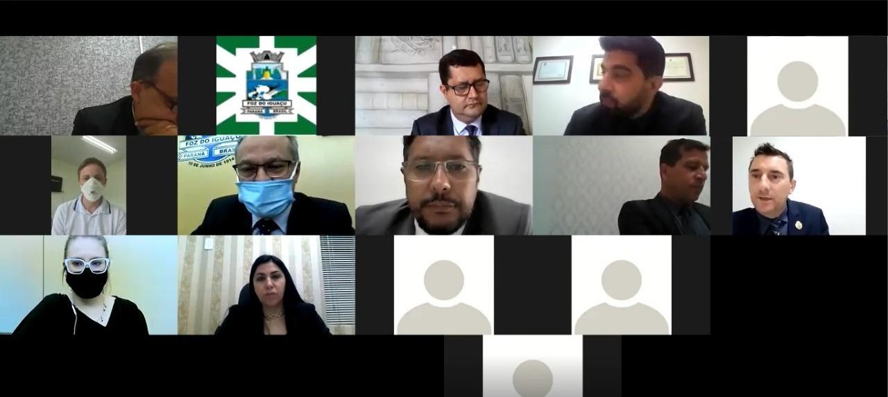 Diretor do Hospital Municipal apresenta informações, aos Vereadores, sobre o atendimento covid