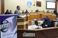 Diretor-geral apresenta aos vereadores projetos e crescimento da Unioeste/Foz