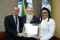 Federação Internacional de Educação Física é homenageada na Câmara de Foz do Iguaçu