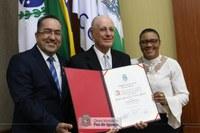 Médico Pedro Peres de Lavra Pinto é mais novo Cidadão Honorário de Foz