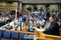 Mudanças na lei sobre serviço de táxi seguem para sanção do prefeito