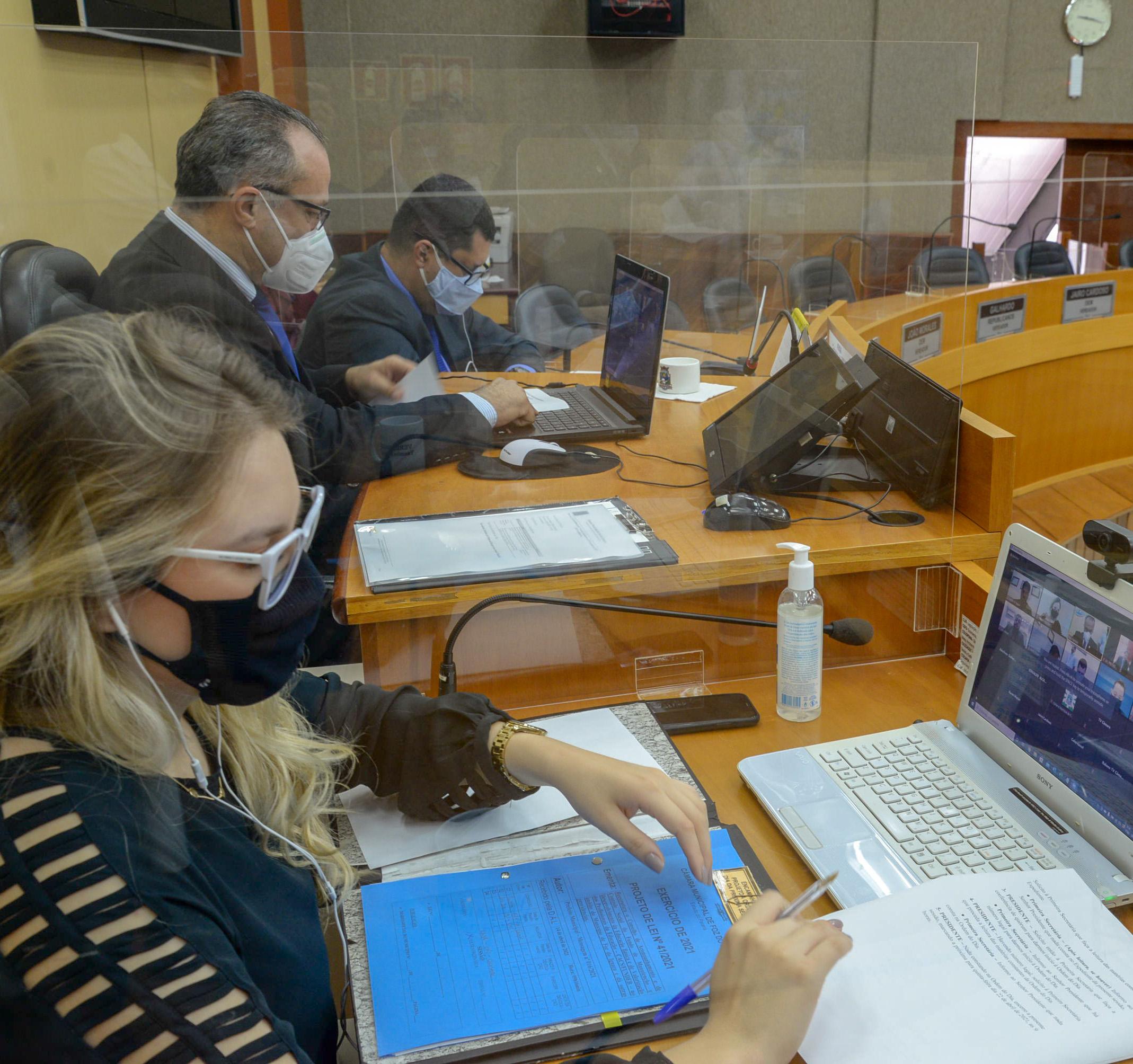PL que viabiliza efetiva implementação do novo Fundeb recebe favorável da Câmara de Foz