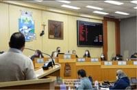 Retorno às aulas presenciais no município foi tema de intenso debate na Câmara de Foz