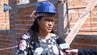 Rosane Bonho acompanha andamento das obras na Escola Olavo Bilac