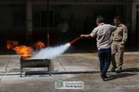 Servidores da Câmara são treinados para agir em caso de incêndio