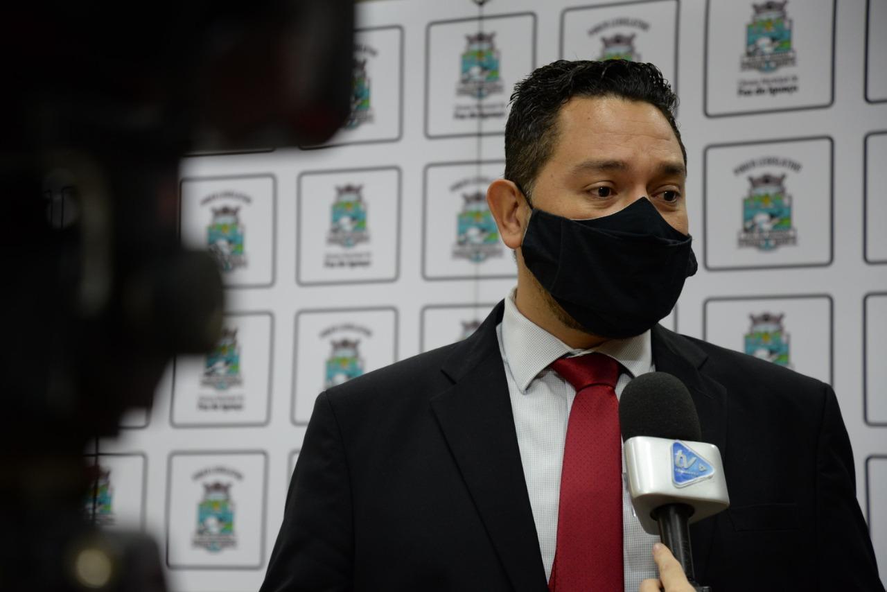 Vereador João Morales solicitação informações sobre o funcionamento de Unidades de Saúde