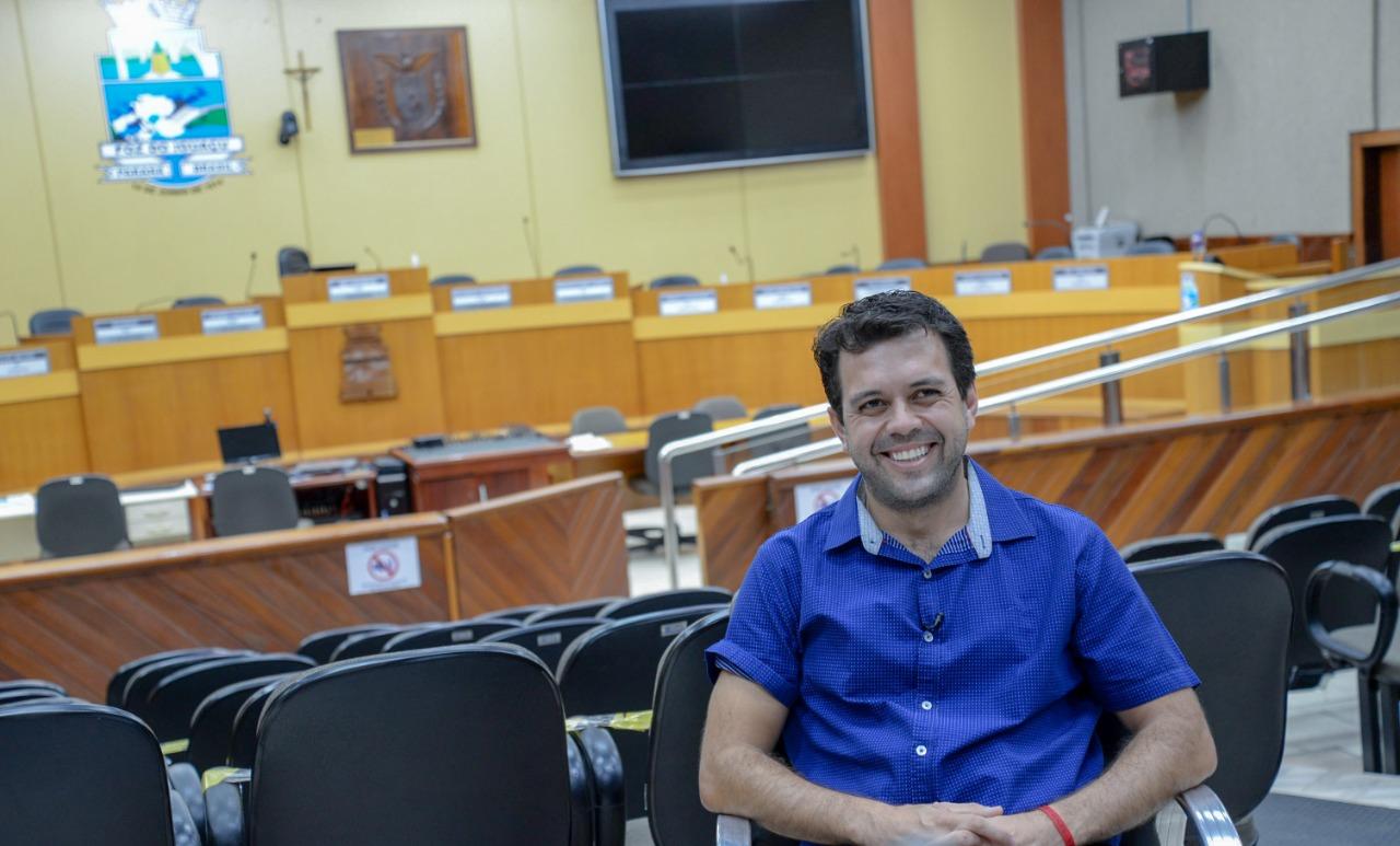 Vereador Kalito defende bandeiras da mobilidade urbana e do compliance