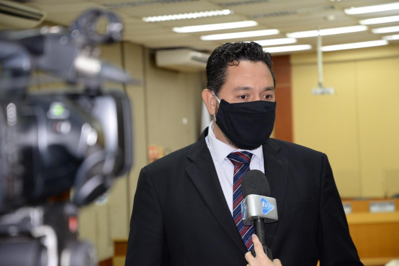 Vereador pede manutenção de Kit alimentação nas escolas municipais e cmeis durante o período de pandemia e suspensão das aulas