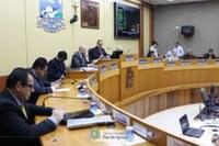 Vereadores fiscalizam e cobram posicionamento de instituições públicas