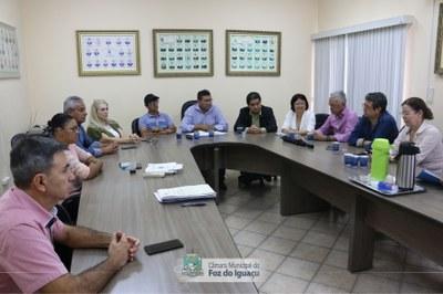 Vereadores se reúnem para debater sobre novo quadro de referência do Foztrans